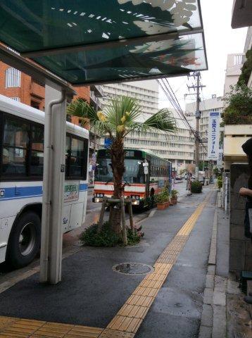 安座間港行きのバスIMG_2142