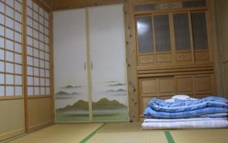 竹富島民宿の部屋IMG_0329
