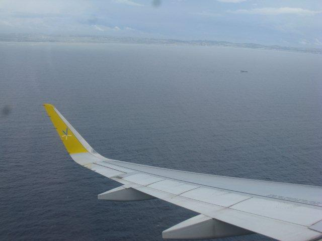 バニラエア沖縄本島上空IMG_5043