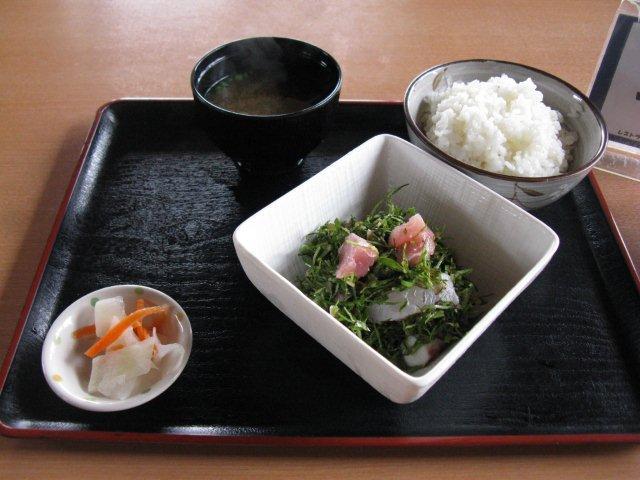 久高島とくじんニガナ定食