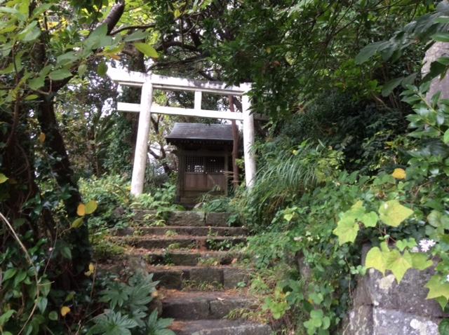 伊豆大島 波浮 踊り子坂の神社